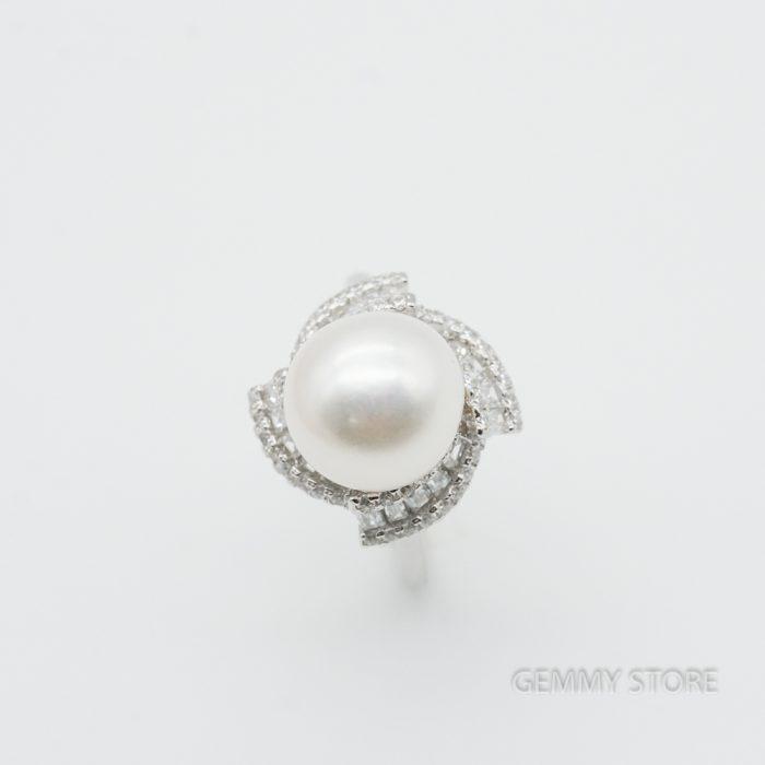 Nhẫn ngọc trai 10.5mm viền đá lùa lấp lánh T19.294